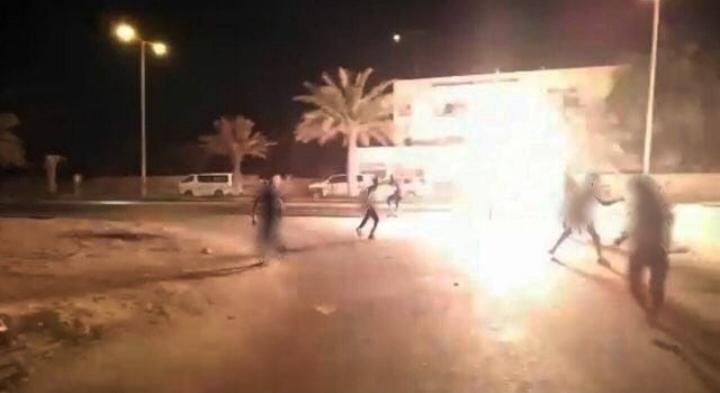 In loyalty to al-Qatif's martyrs, al-Diraz rebels aim sacred defense fire on mercenaries