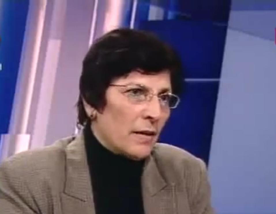 الناشطة الفلسطينيّة آمال وهدان: نؤيّد شعب البحرين في مقاومته السلميّة وندعم بقوّة مشروع العريضة الشعبيّة