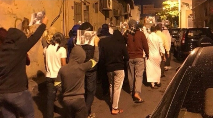 أهالي بلدة الديه يتظاهرون وفاء للراحل الشيخ العكري