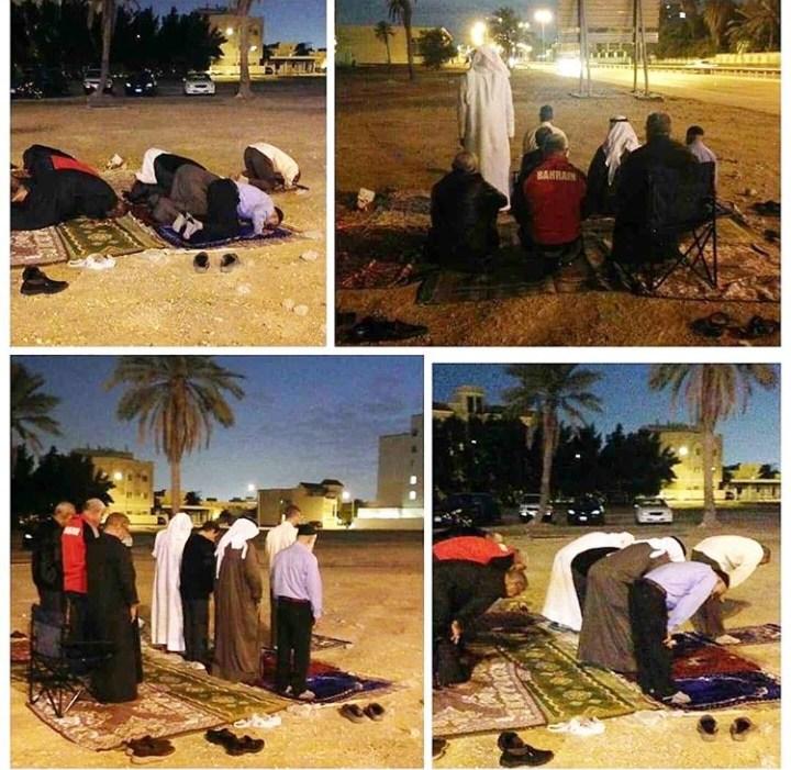 المواطنون مستمرّون بإقامة الصلاة في مسجد العلويّات المهدّم