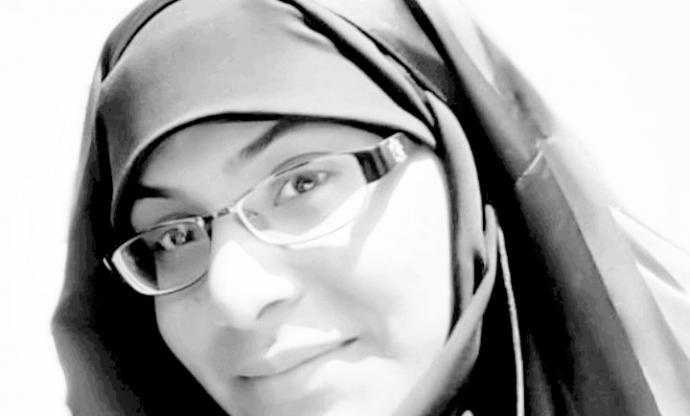 معتقلة الرأي «زكيّة البربوري» : الحكم بإسقاط جنسيّتي يزيدني إصرارًا على مناصرة الحقّ