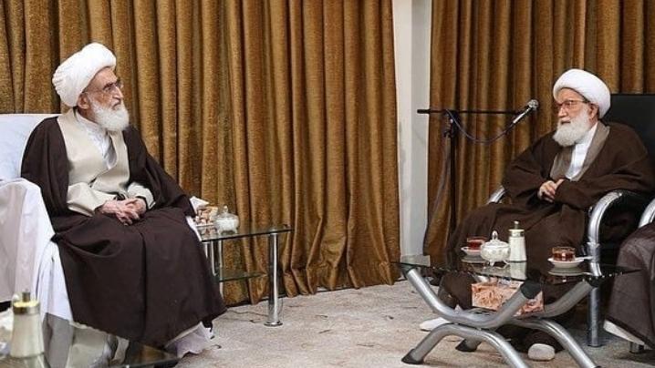 الفقيه القائد يواصل لقاءاته بمراجع الدين والعلماء في قم المقدّسة