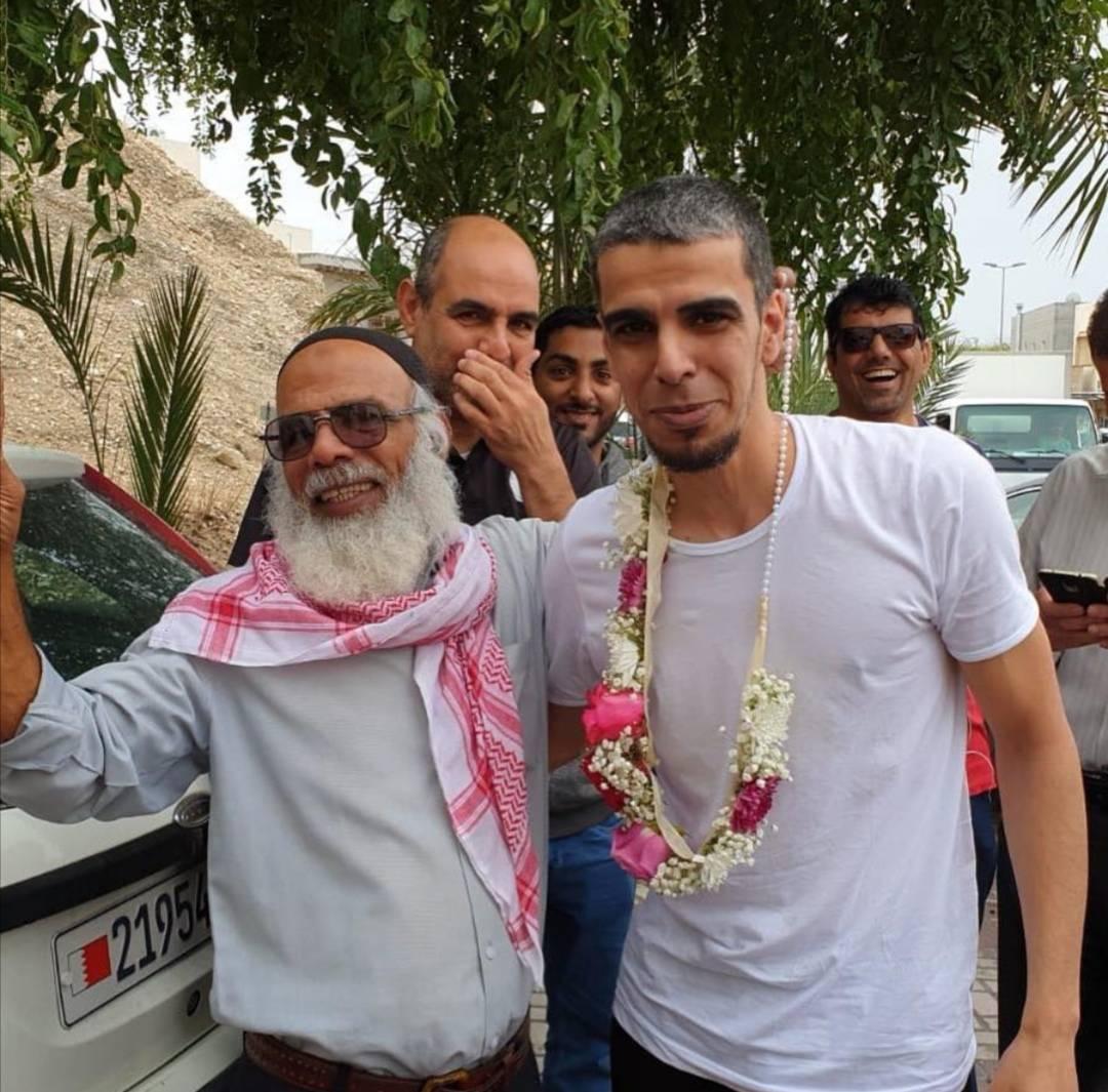 الإفراج عن المعتقل «علي عطية» بعد قضائه 6 أشهر في السجن