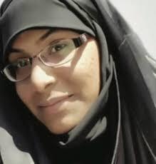 الكيان الخليفيّ يسقط جنسيّة معتقلة الرأي «زكية البربوري» ويحكم عليها بالسجن 5 سنوات