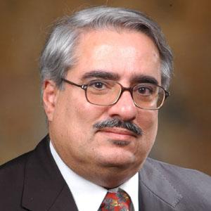 الكيان الخليفيّ يؤجّل محاكمة المعارض إبراهيم شريف إلى 19 فبراير