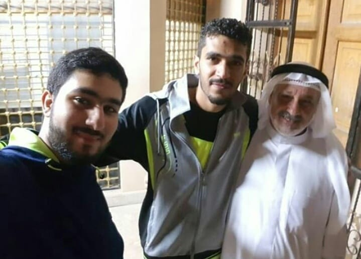 بعد 7 سنوات من السجن.. 3 معتقلين سياسيّين يعانقون الحريّة