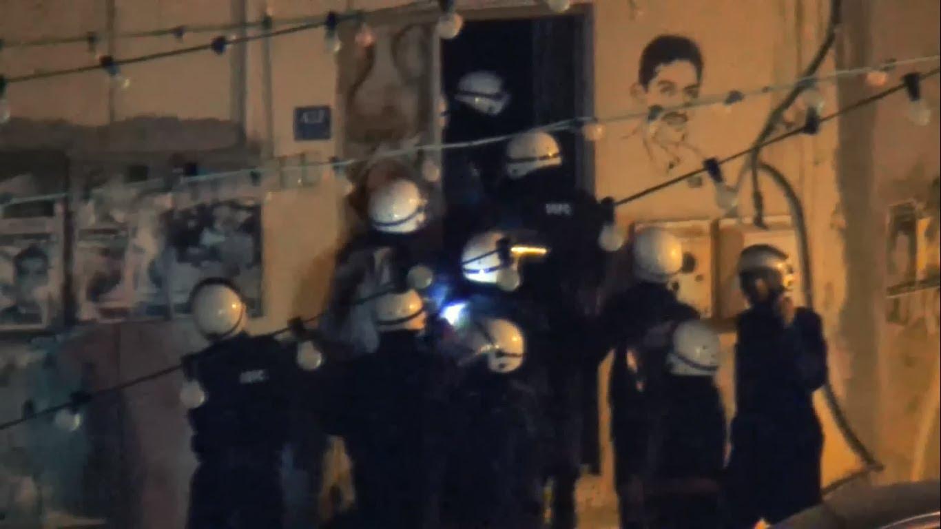 Al-Khalifa entity continues its raids into houses & arrests a number of citizens