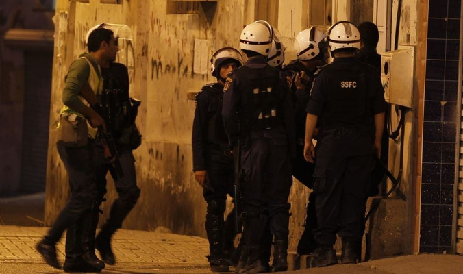عصابات المرتزقة الخليفيّة تداهم منازل المواطنين في عدّة مناطق وتعتقل أكثر من 10 مواطنين