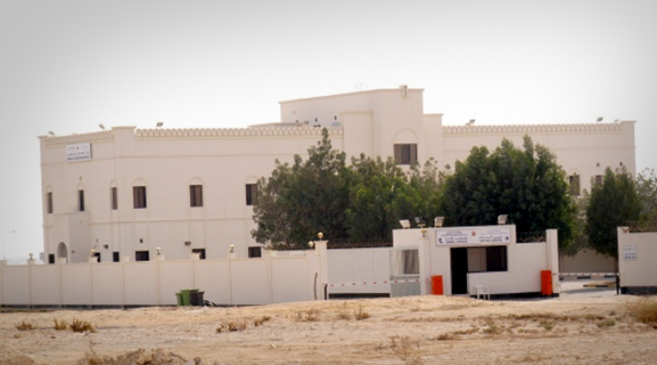 معتقل رأي في سجن جوّ يكشف عبر تسجيل صوتيّ الاضطهاد الطائفيّ والتعذيب الممنهج