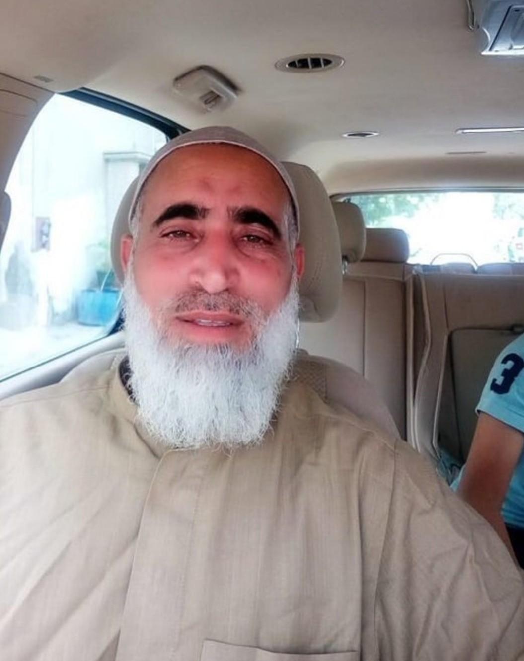 الشيخ علي رحمة يعانق الحريّة بعد 3 أشهر سجن