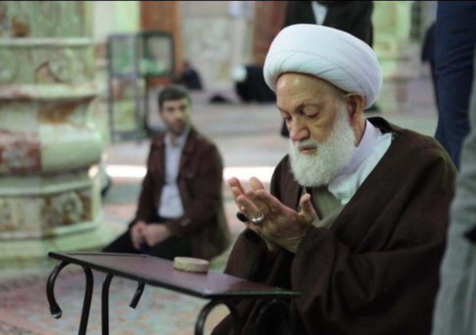 مسجد «جمكران» يقلّد الفقيه القائد آية الله قاسم لقب«ناصر المهدي» لهذا العام