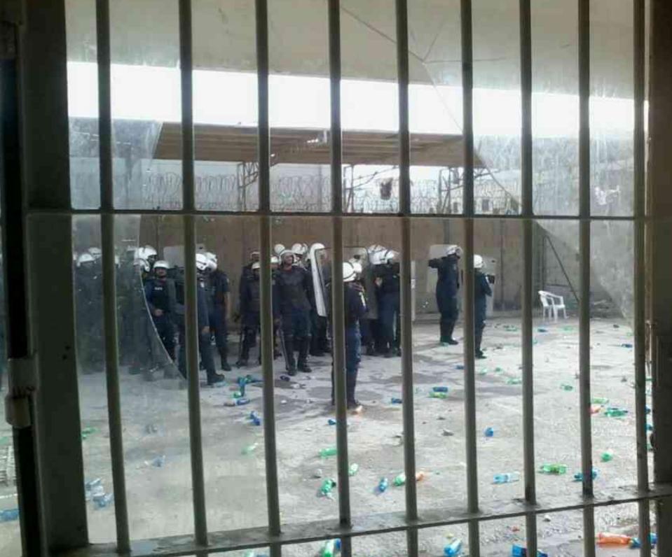 مرتزقة الكيان الخليفيّ يعتدون بالضرب على معتقلي الرأي في سجن جوّ