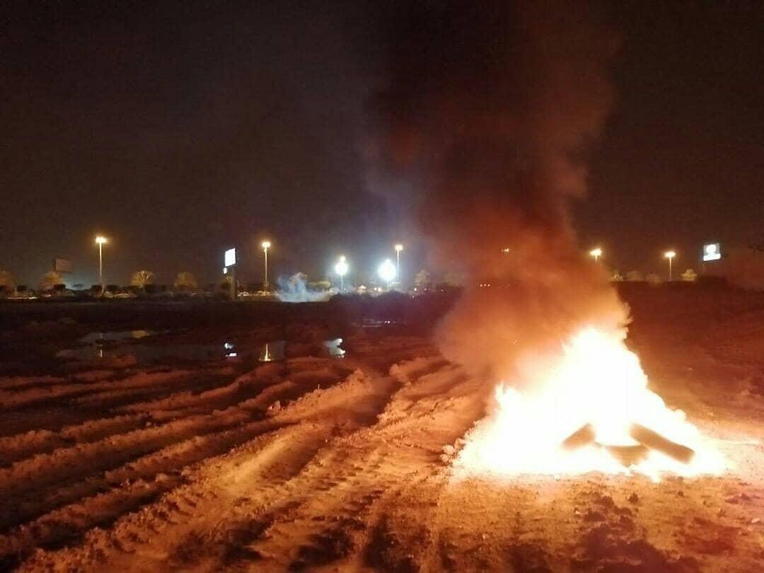 ثوّار أبو قوّة يرفعون أعمدة الغضب تمسّكًا بأهداف الثورة