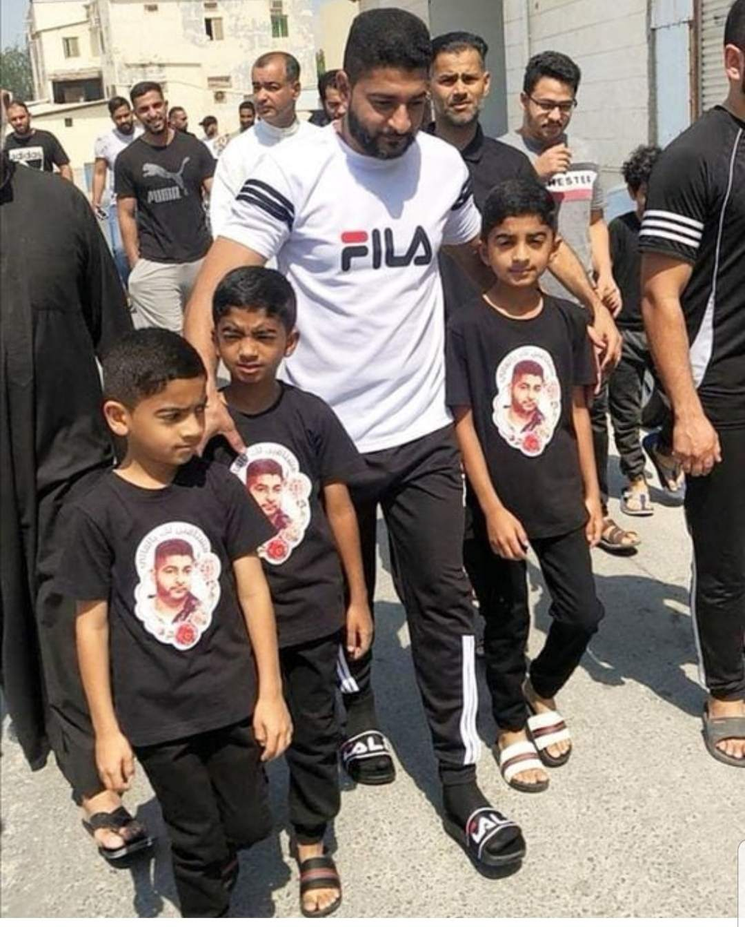 After 7 years of imprisonment on  political charge, the young hero, Ali al-Sheikh, embraces freedom